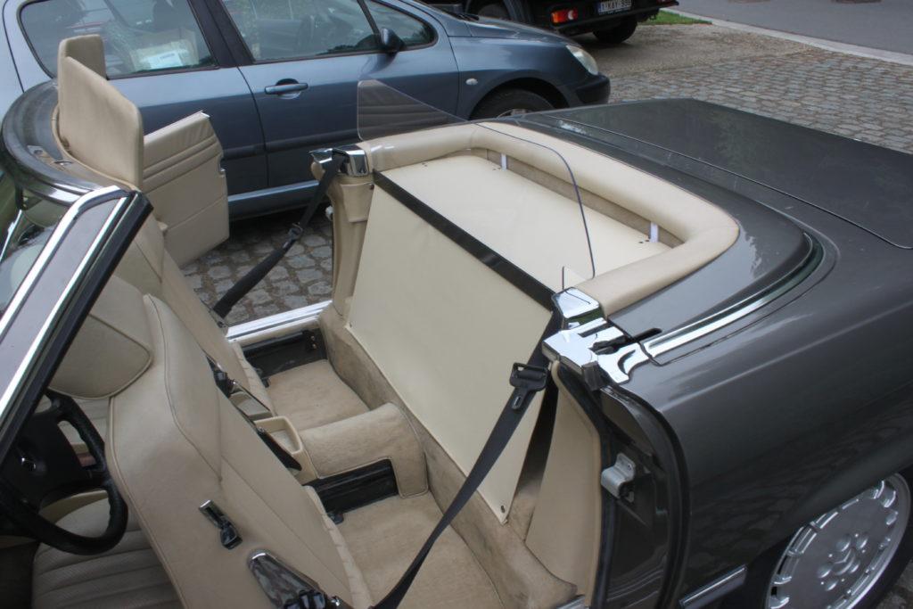 M 030 Mercedes W107 5
